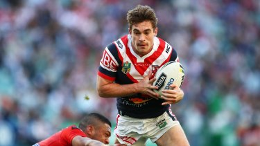 Newcastle Knights have signed Roosters utility Connor Watson.
