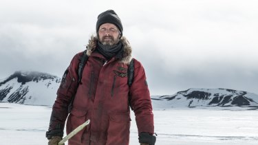 In Arctic, Mads Mikkelsen plays a pilot stranded in the vast, sub-zero plains following a plane crash.