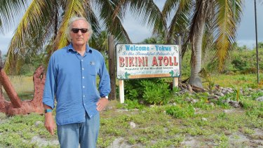 John Pilger visits the Bikini Atoll in his film <i>The Coming War on China</i>.