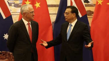 Malcolm Turnbull with Chinese Premier Li Keqiang during a signing ceremony at the Great Hall of the People in Beijing.