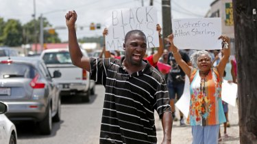 The US Justice Department opened a civil rights investigation into the videotaped police killing of Sterling.