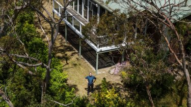 Professor Alan Hajek, son of Vladimir Hajek, the founder of the original Arthurs Seat chairlift in 1960. Alan stands in the backyard of the house he grew up in (as seen from a cable car).