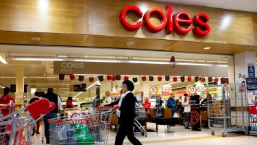 Murray Goulburn still has a 10-year deal to supply Coles' private-label milk.