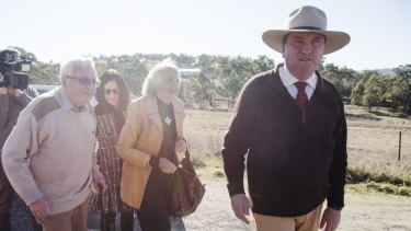 Deputy PM, Nationals leader and member for New England, Barnaby Joyce, arrives at Woolbrook Public School to vote with his wife Nat, and parents James and Maree.