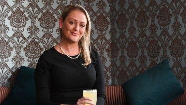 Kristin O'Brien, an American-Australian, believes Australia has a healthier drinking culture than the United States.