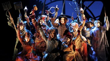 A Wicked cast: the 10th anniversary production.