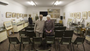 Arthur and Lurline Knee at the Tatura wartime camps museum.