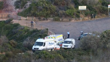 Police look for evidence after Michelle Leng's body was found at the blowhole at Snapper Point in the Central Coast.
