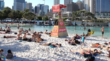 Brisbane is set for a weekend heatwave for New Year's celebrations.