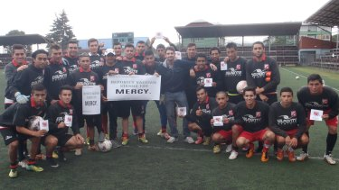Deportes Valdivia shows its support for mercy for Andrew Chan and Myuran Sukumaran.