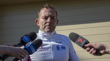 Former prime minister Tony Abbott speaks to the waiting media at his home on Sunday morning.