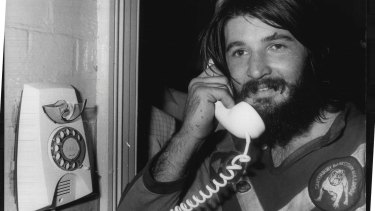 Rugby League Grand Final: Canterbury V Easts. Geoff Robinson calls crown & St. Hospital to check on wife. September 27, 1980.