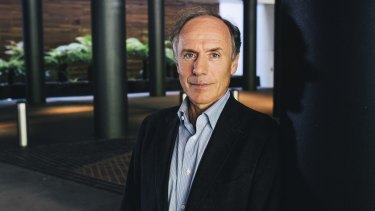 Let the man do his work: Chief Scientist Alan Finkel.