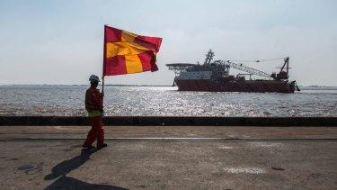 The Rohingya aid ship, Nautical Aliya, landed near Yangon while making its way to the Rohingya refugee camps in Myanmar and Bangladesh, bearing 2300 tonnes of supplies.