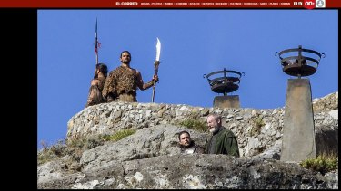 Kit Harrington, who plays Jon Snow, on set in Spain with two Dothraki warriors standing guard, in a leaked pic as it appears on El Correo's website.