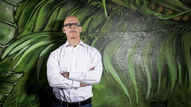 The Digital Transformation Agency's ex-chief, Paul Shetler, has slammed Centrelink's failures.