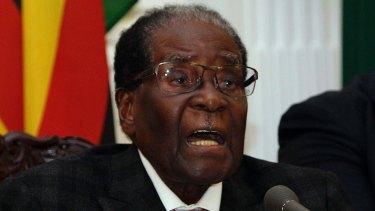 Zimbabwean President Robert Mugabe resigns.