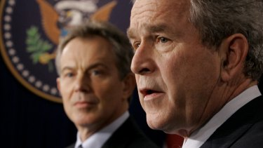 US President Bush, right, and British Prime Minister Tony Blair in 2006.