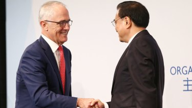 Symbolism: Prime Minister Malcolm Turnbull and Premier Li are united in opposition to trade protectionism.