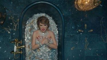 Taylor Swift's diamond-filled bathtub was worth over $US10 million.