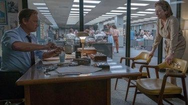 Tom Hanks (as Ben Bradlee) and Meryl Streep (as Kay Graham) star in