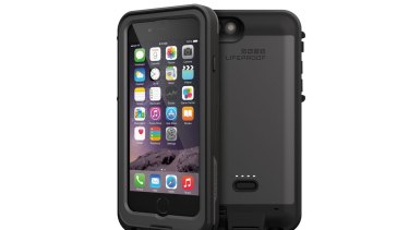 Lifeproof's FRĒ Power iPhone 6 case helps to keep your smartphone safe and sound.