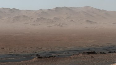 Curiosity's 17km journey through Mars.