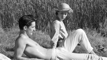 Pierre Niney and Paula Beer in <i>Frantz</i>, which is wisely filmed mainly in black and white.