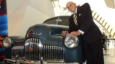 Holden No.1 and Jack Rawnsley, one of the engineers who constructed the car.