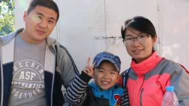 Chen Bin and wife Xiang Jingjing, pictured with three-year-old son Chen Xiangru, plan to have a second child.