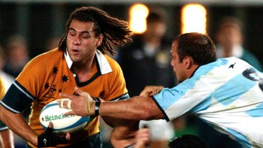 Thirty-seven-year-old Smith, who has won 111 caps for the Wallabies, is playing in Japan with Suntory Sungoliath.