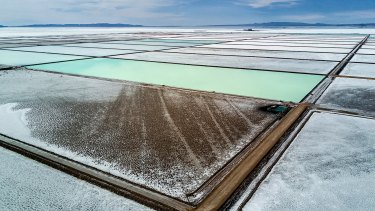 A meeting between Rio Tinto and the Chilean government has reignited speculation about a bid for lithium assets.