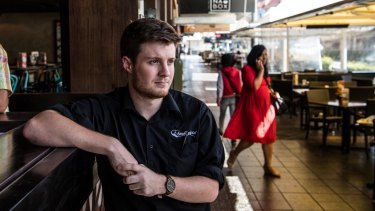 "Bondi Pizza manager Isaac Bell says construction will have a ""severe impact"" on restaurants and cafes."