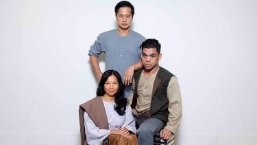 Miguel Castro (back) as Crisostomo Ibarra, Sean Perez as Tasio and Lena Cruz as Sisa.