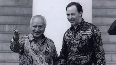 Then Indonesian president Suharto with  Keating at the APEC meeting in Bogor, Indonesia in 1994.