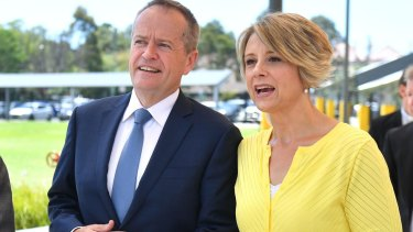 Kristina Keneally campaigns with Opposition leader Bill Shorten