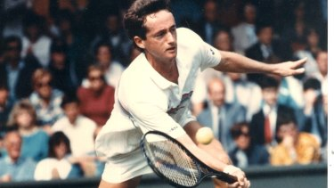 Peter Doohan playing at Wimbledon in 1987 where he beat Boris Becker to make it into the final 16.