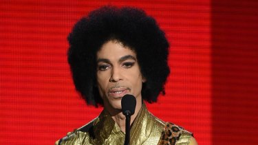 Prince speaking at the 2015 American Music Awards, one of his last award shows.