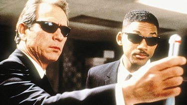 Tommy Lee Jones and Will Smith in
