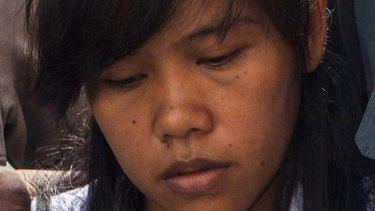 Philippine death row prisoner Mary Jane Fiesta Veloso arrives in a court in Sleman, Indonesia, in March.