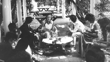 Margaret Whitlam gives a press conference at The Lodge in 1973.