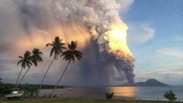 Tavurvur sends an ash cloud high into the sky.