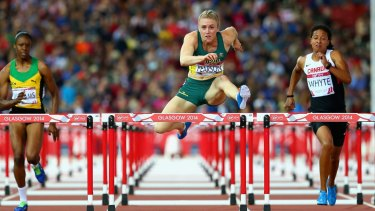 Supreme technician: Sally Pearson's leg flicks out like a jack knife.