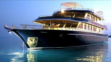 Luxury liveaboard Maldives dive boat Ocean Divine.
