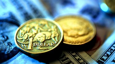 """""""We remain short the yen and the Australian dollar against a long US dollar position,"""" says Pimco."""