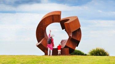 <i>Sculpture by the Sea</i> returns to the Bondi to Tamarama coastal walkway.