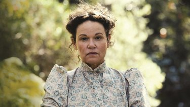 Leah Purcell as The Drover's Wife.