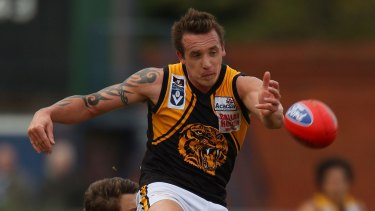 Former West Coast Eagle Ben Sharp playing for Werribee in a VFL semi-final against Casey in 2011.
