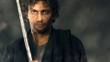In the first act Jonas Kaufmann, one of the great Wagnerian tenors, dissembled like a youth who had smashed the family car and wanted to be somewhere else.