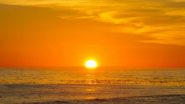 Pacific warmth influences the global climate.